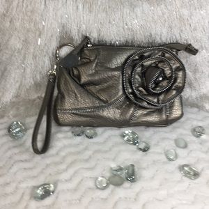 Small Chateau Pewter Wristlet